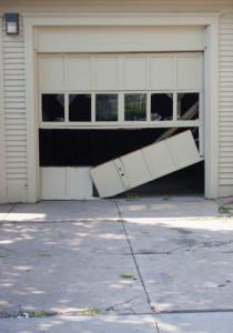 ThinkstockPhotos 509626393 210x300 Garage Door Repair Services