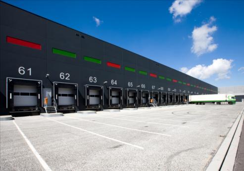 ThinkstockPhotos 93230265 Loading Dock Equipment in Albuquerque